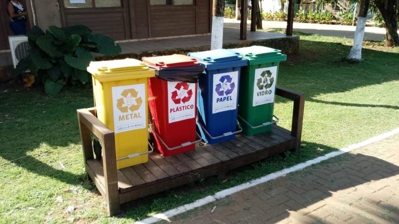 Lixeira Ecológica de Madeira Plástica para Empresa São Cristóvão - Lixeira Ecológica de Madeira Plástica para Empresa