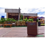 distribuidor de lixeira em madeira plástica reciclada Maracanaú